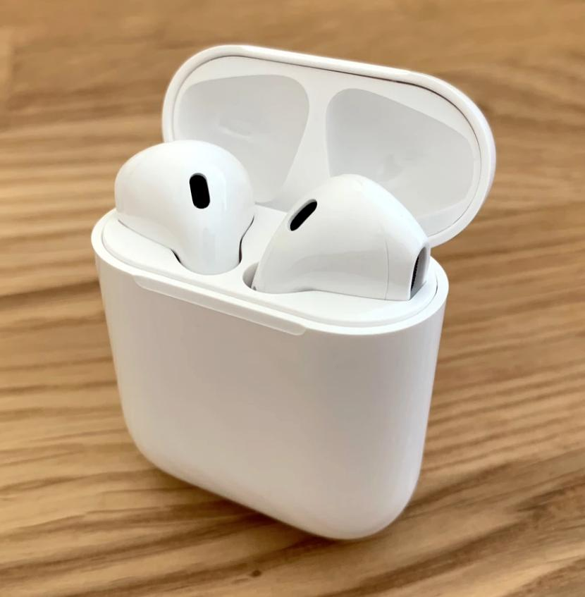 wireless bluetooth earbuds w charging case works